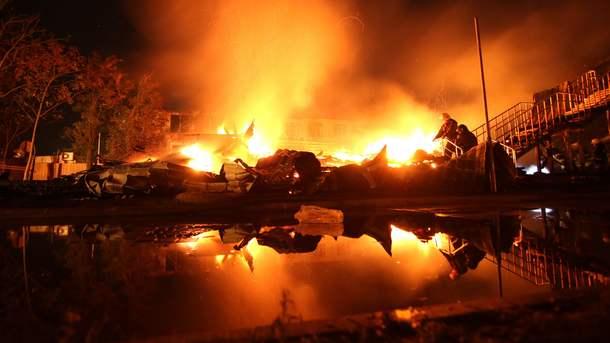 """Фото пожежі у дитячому таборі """"Вікторія"""" в Одесі"""